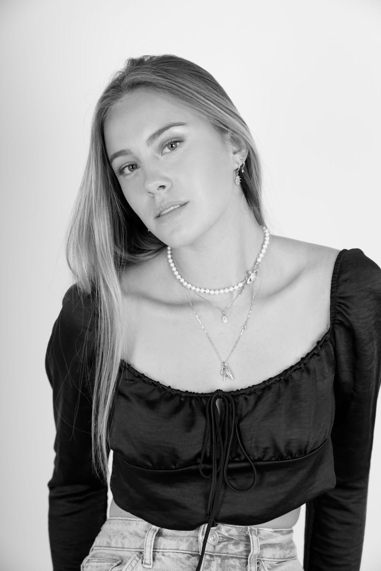 Profile Picture of Zoe  Guardiola-Abbots